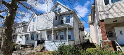Multifamily for sale in 13 Crescent Place, Yonkers, NY, 10704
