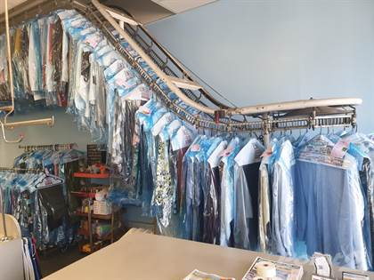 Commercial for sale in Great Family Owned Dry Cleaners and Coin Laundry, Spring Hill, FL, 34609