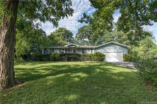 Single Family for sale in 2031 Evergreen Drive, Hendersonville, NC, 28792