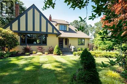 Single Family for sale in 1710 Rockland Ave, Victoria, British Columbia, V8S1W8