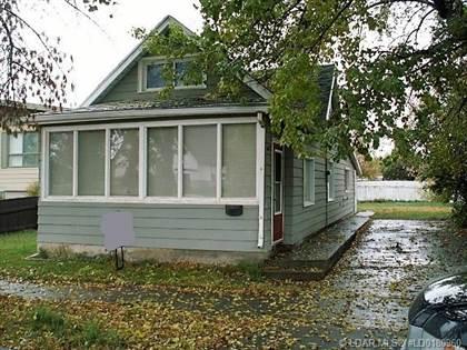 Residential Property for sale in 611 9 Avenue N, Lethbridge, Alberta, T1H 1E5
