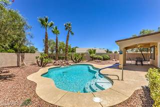 Single Family en venta en 7332 RUSTIC MEADOW Street, Las Vegas, NV, 89131