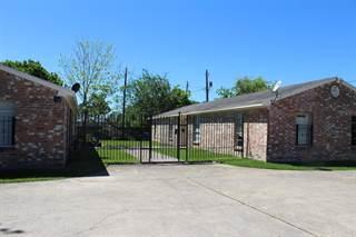 Condo for rent in 220 Westward Avenue B, La Marque, TX, 77568
