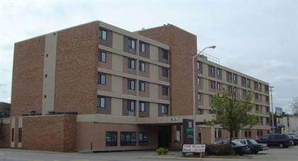 Apartment for rent in 1055 East State Street, Rockford, IL, 61104