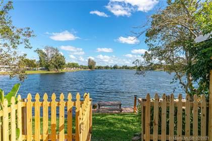 Residential for sale in 4126 SW 61st Ave 6, Davie, FL, 33314