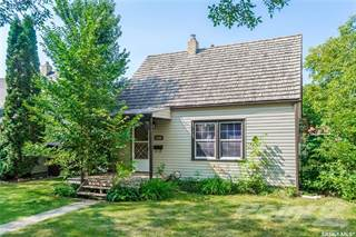 Residential Property for sale in 1409 B AVENUE N, Saskatoon, Saskatchewan, S7L 1G7