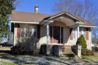 Single Family for sale in 509 West Olive Street, Bolivar, MO, 65613