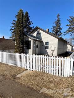 Residential Property for sale in 532 13th STREET E, Prince Albert, Saskatchewan, S6V 1E4