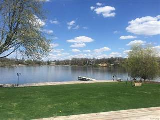Single Family for sale in 1906 LONG LAKE SHORE Drive, Bloomfield Township, MI, 48302