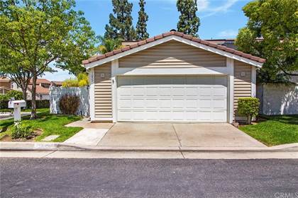 Residential Property for sale in 7055 E Creek Side Lane, Anaheim Hills, CA, 92807