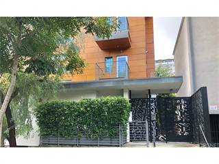 Townhouse for sale in 1137 Hacienda Place 103, West Hollywood, CA, 90069