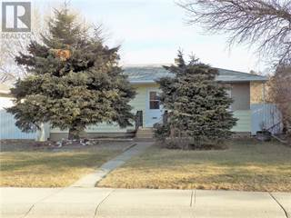 Single Family for sale in 1103 12B Street N, Lethbridge, Alberta