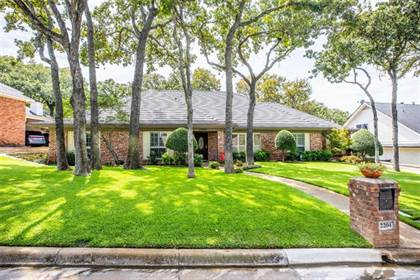 Residential for sale in 2204 Woodsong Trail, Arlington, TX, 76016