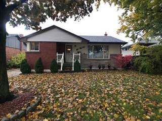 Residential Property for sale in 120 Inverness Ave E, Hamilton, Ontario