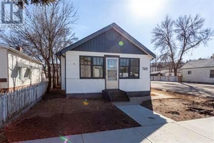 Single Family for sale in 769 7 Street SE, Medicine Hat, Alberta, T1A1K7