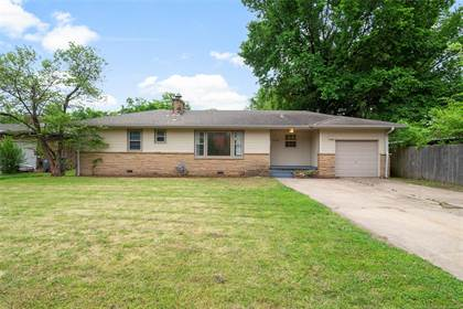 Residential Property for sale in 5734 E 5th Place, Tulsa, OK, 74112