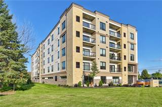 Condo for sale in 502 -Wood Street, St. Catharines, Ontario