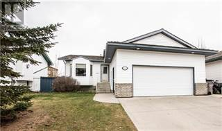 Single Family for sale in 9720 62 Avenue, Grande Prairie, Alberta