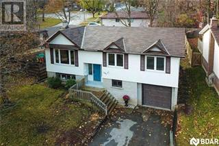 Multi-family Home for sale in 107 Springdale Drive, Barrie, Ontario