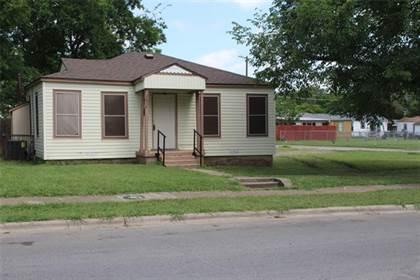 Residential for sale in 2675 E Ann Arbor Avenue, Dallas, TX, 75216