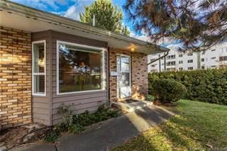 Condo for sale in 3155 Gordon Drive,, Kelowna, British Columbia, V1W3N5