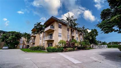 Residential for sale in 5400 SW 77th Ct 1A, Miami, FL, 33155