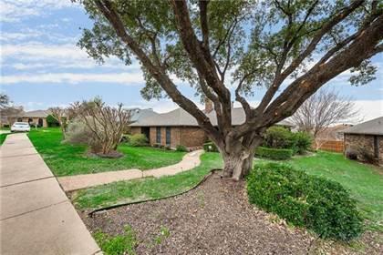 Residential for sale in 2724 Gainesborough Drive, Dallas, TX, 75287