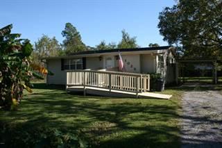Single Family for sale in 1025 Dicks St, Waveland, MS, 39576