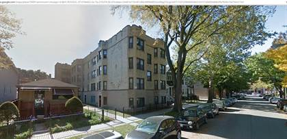 Apartment for rent in 1909 W Larchmont Ave, Chicago, IL, 60613