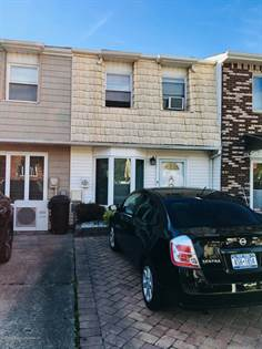 Residential Property for sale in 10 Cherrywood Court, Staten Island, NY, 10308