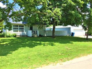 Single Family for sale in 106 South Center Street, Sadorus, IL, 61872