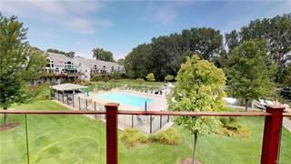 Condo for sale in 37774 Jefferson Avenue Avenue 24, Greater Mount Clemens, MI, 48045