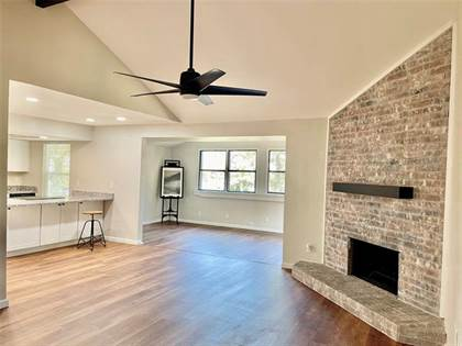 Residential Property for sale in 6409 Woods Edge Drive, Arlington, TX, 76016