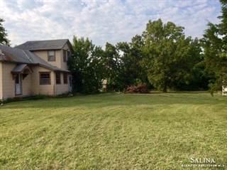 Single Family for sale in 404 East Logan Avenue, Herington, KS, 67449