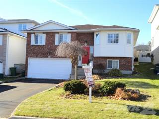 Residential Property for sale in 135 DAWN CRESCENT, Cambridge, Ontario