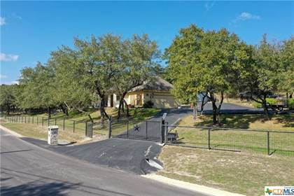 Residential Property for sale in 500 Blue Water Drive, Canyon Lake, TX, 78133
