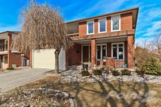 Residential Property for sale in 2 Convent Court, Toronto, Ontario