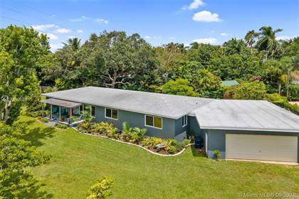 Residential for sale in 8155 SW 99th St, Miami, FL, 33156