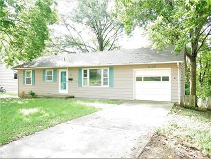 Residential for sale in 506 Christopher Street, Warrensburg, MO, 64093