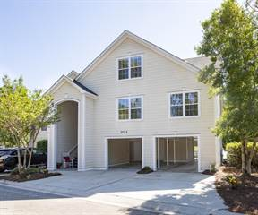 Townhouse for sale in 3123 Lakeside Commons Drive SE, St. James, NC, 28461