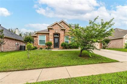 Residential Property for sale in 7708 Pittsford Lane, Arlington, TX, 76002
