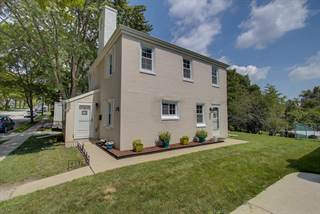Single Family for sale in 5584 Arrowwood ST, Greendale, WI, 53129