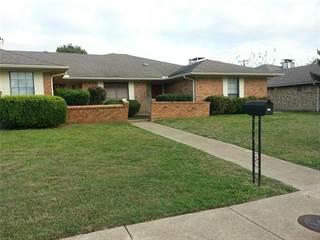 Duplex for rent in 4724 Berridge Lane, Dallas, TX, 75227