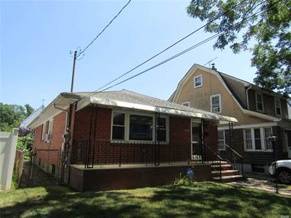 Residential Property for rent in 86-29 261st Street, Floral Park, NY, 11001