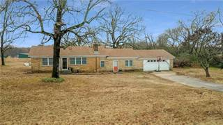 Single Family for sale in 32807 Highway 22, Charleston, AR, 72933