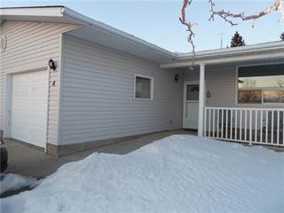 Multi-family Home for sale in 717 Centre ST, Vulcan, Alberta, T0L2B0