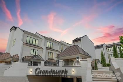 Condo for sale in 6407 Grandmark Dr , Nichols Hills, OK, 73116