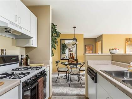 Apartment for rent in 1947 West Eagle Ridge Drive, Waukegan, IL, 60087