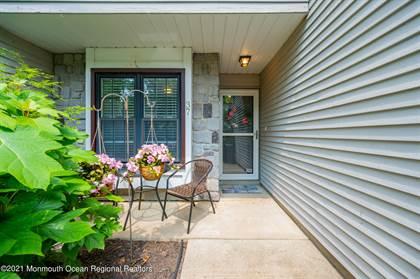 Residential Property for sale in 37 Steeplechase Court, Oceanport, NJ, 07757