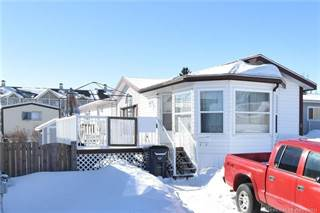 Residential Property for sale in 8 Oxford Lane SW, Medicine Hat, Alberta